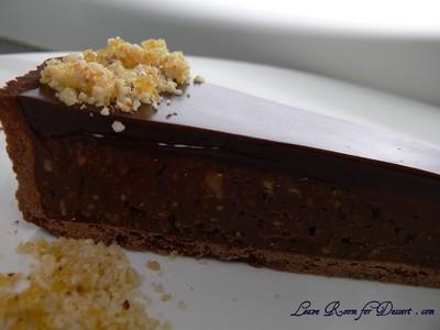 triplechocolatepralinetart02