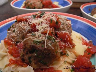 TomatoMeatballsHomemadePasta03